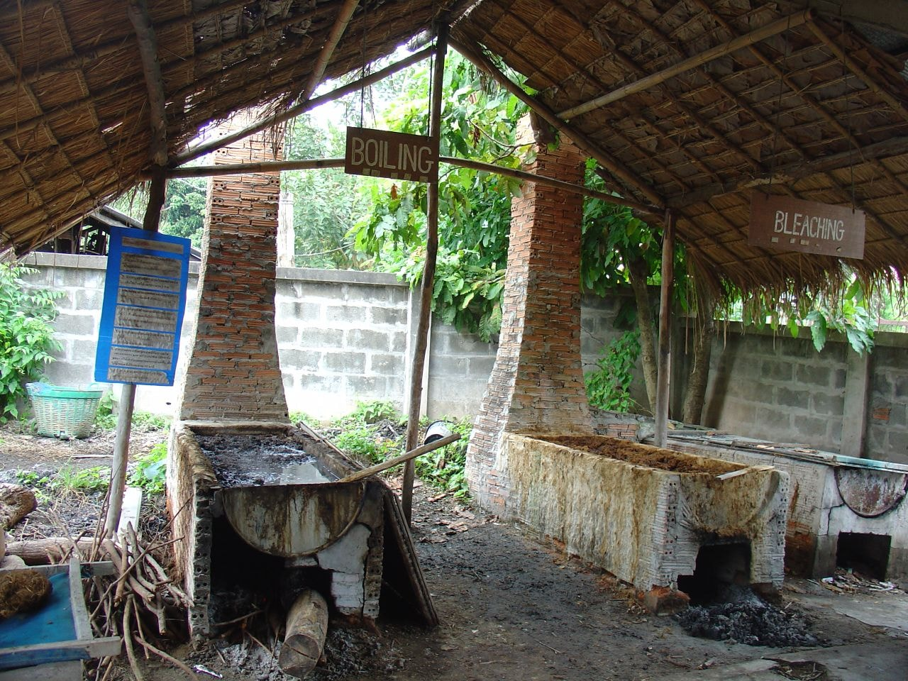 Making paper from elephant manure