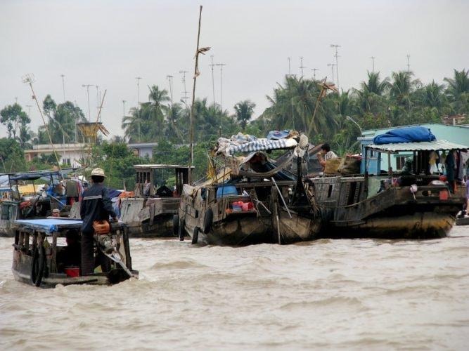 Cai-Be-Floating-Market_Vietnam