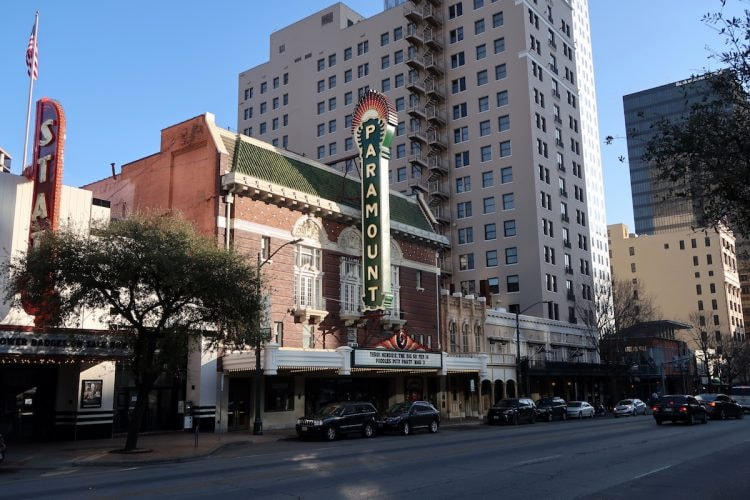 paramount theater congress avenue