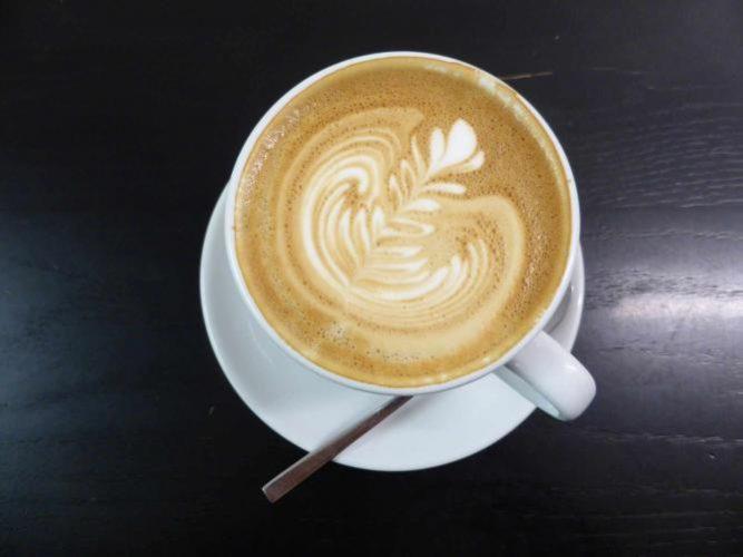 A creamy latte