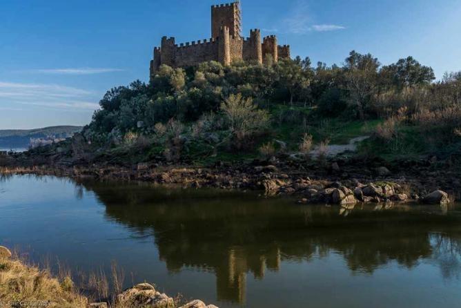 Almourol Castle © José Carlos Babo / Flickr