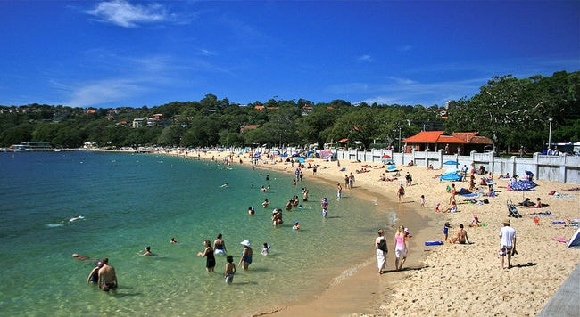 Balmoral Beach   © Anton Leddin/Wikimedia Commons