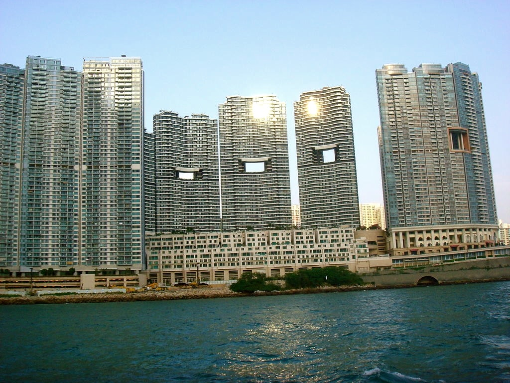 Dragon Gates Hong Kong-2