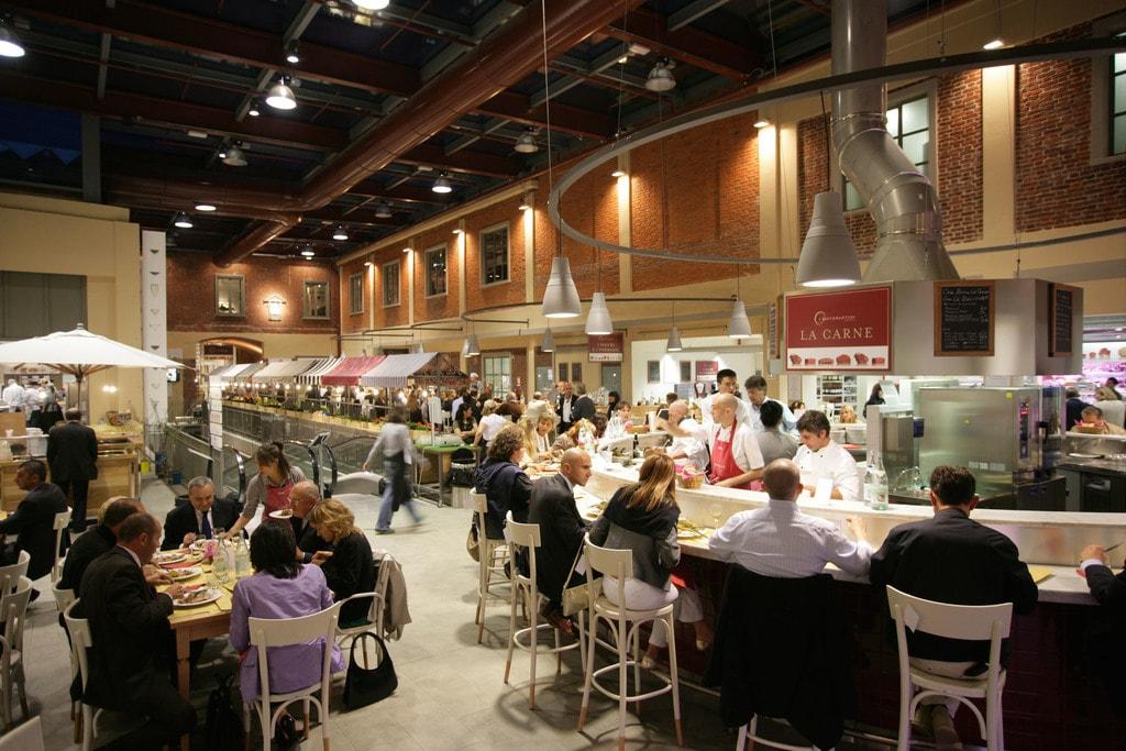 The popular restaurant within Eataly supermarket in Turin   © Eataly Torino / Michele D'Ottavia