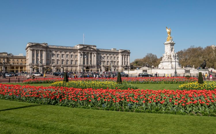 Buckingham Palace is the weekday home of the Queen and Prince Philip