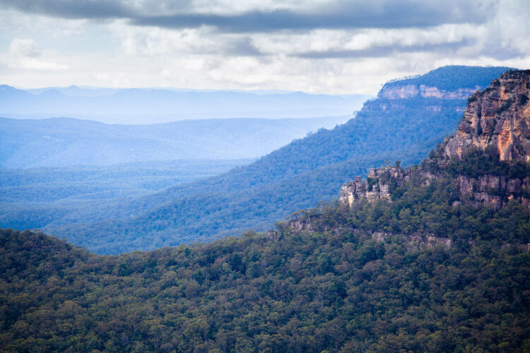Blue Mountains of Australia daytime landscape