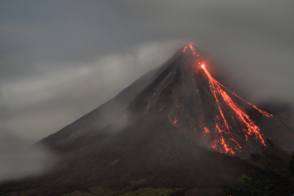 Here S Why Costa Rica Is Known As The Land Of Fire