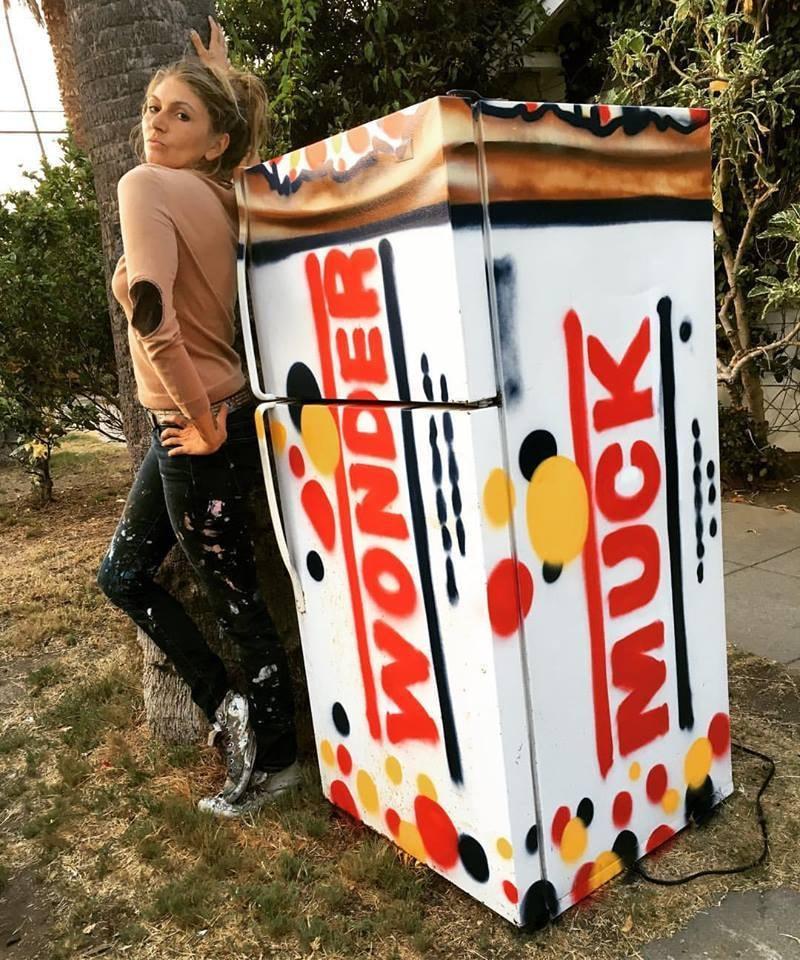 Meet Jules Muck Venice Beach S Mural Queen