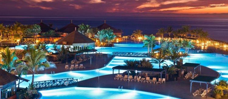 Pool complex at La Palma & Teneguía Princess