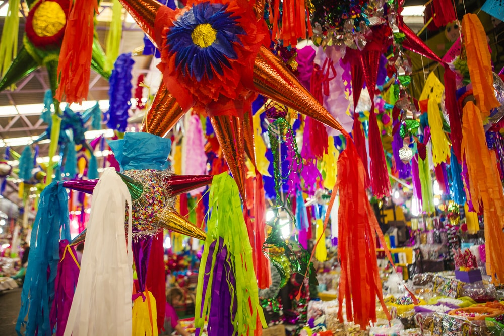 inatas in a traditional market in Mexico | © erlucho/Shutterstock