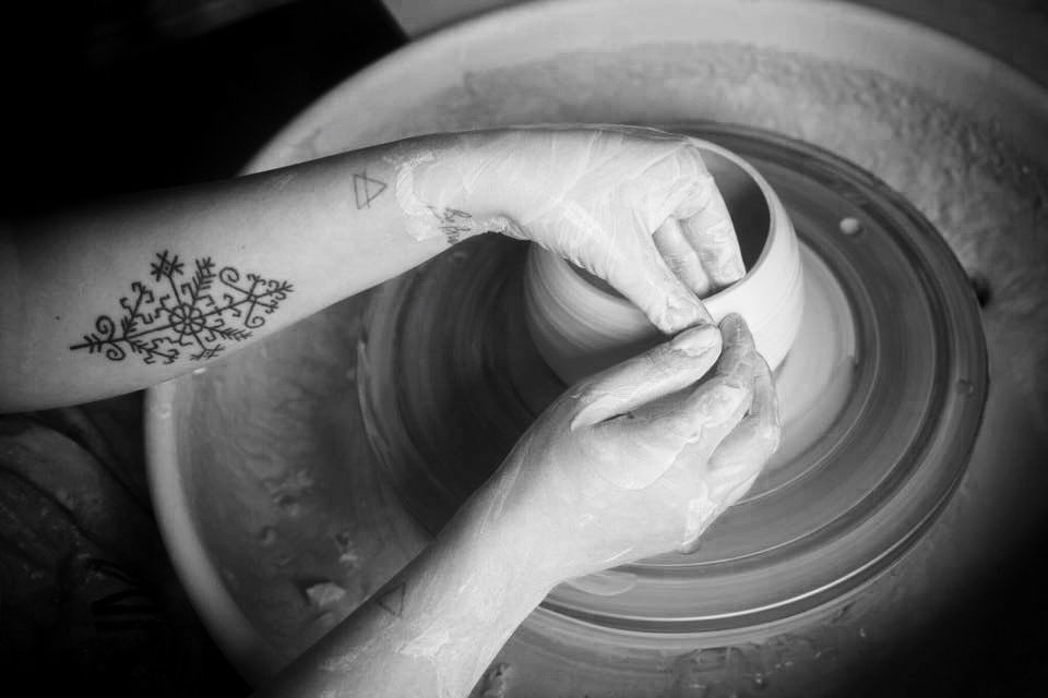 Turin-based ceramic artist, Anna Basile, at work   © The artist