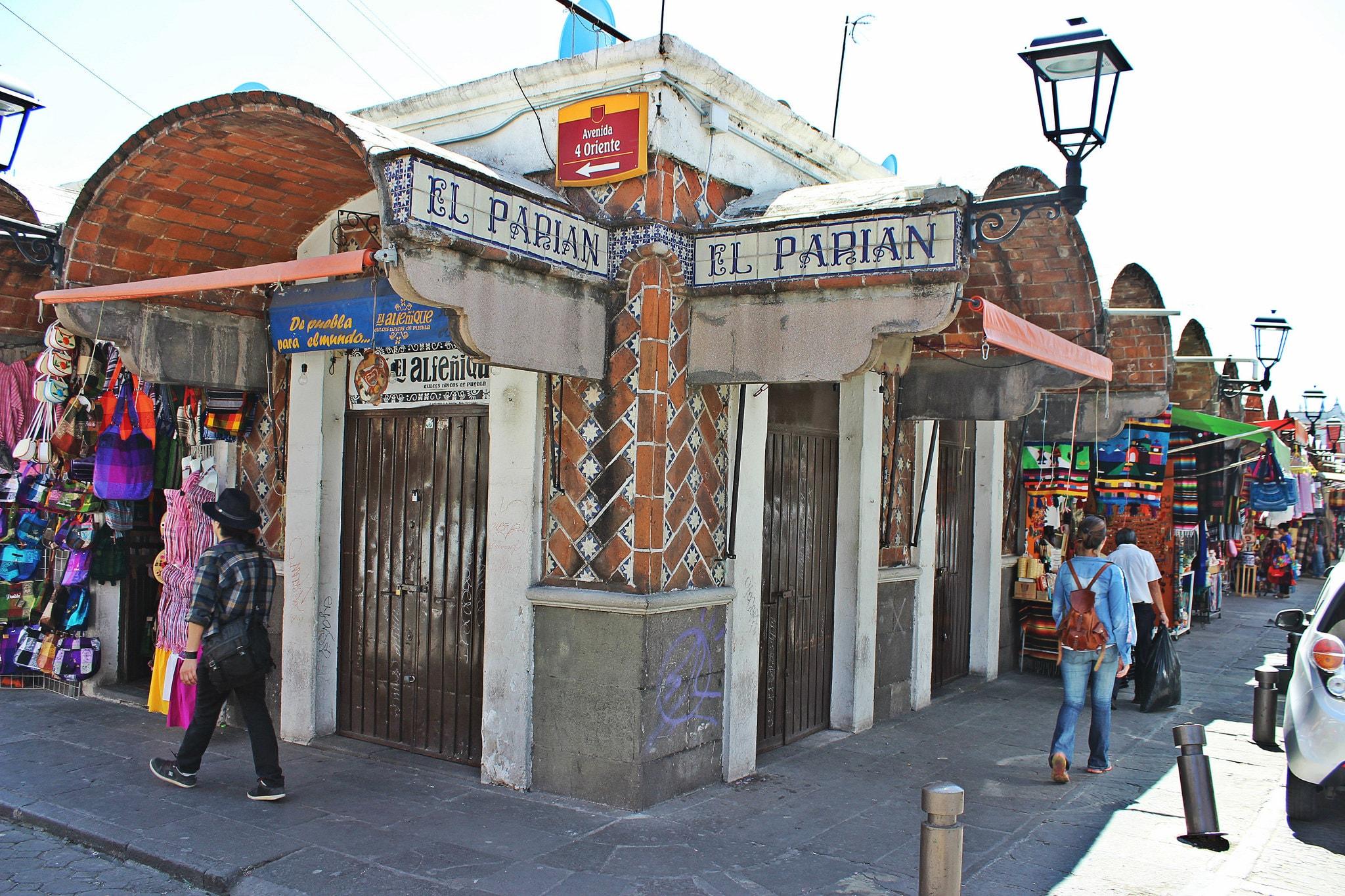 Mercado El Parián desde la calle 4 Oriente.