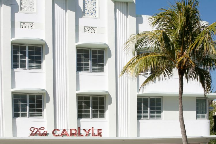 Hotel Carlyle, Ocean Drive, Miami.