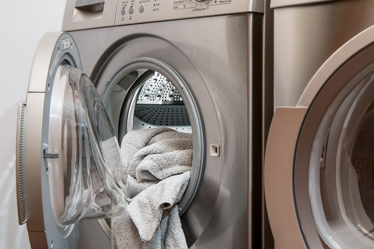 Everything You Need To Know About Using a Laundromat in New