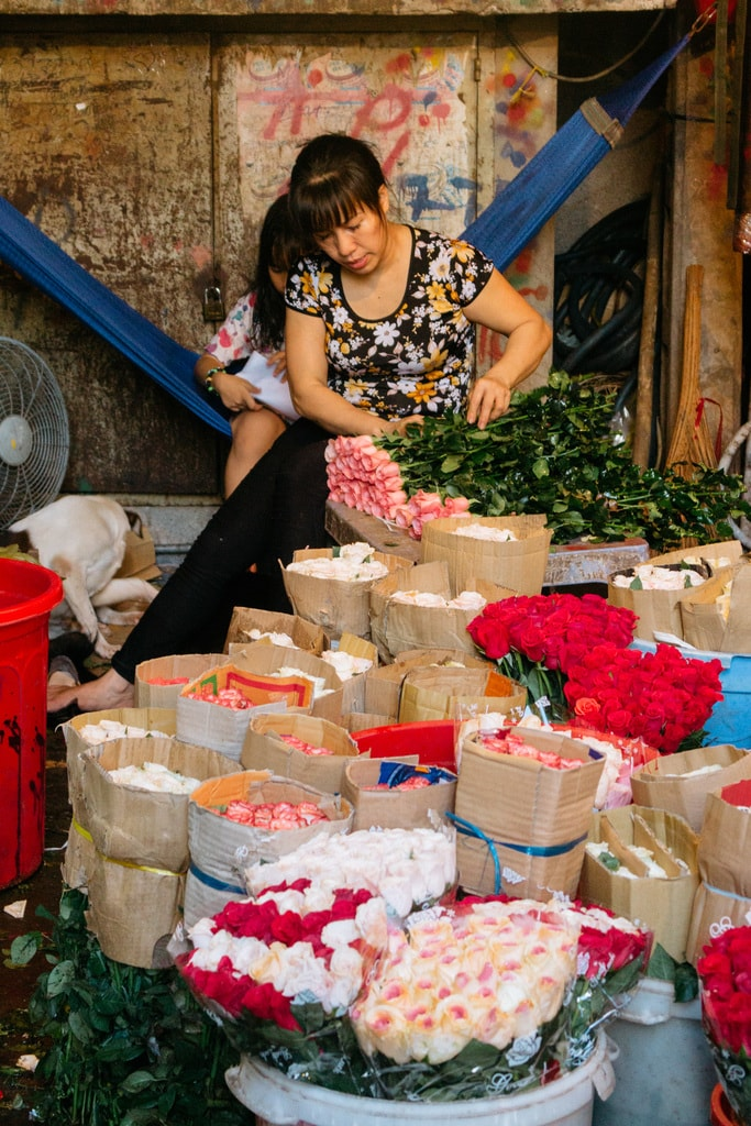 HOTHIKY FLOWER MARKET-DISTRICT 10-SAIGON-VIETNAM