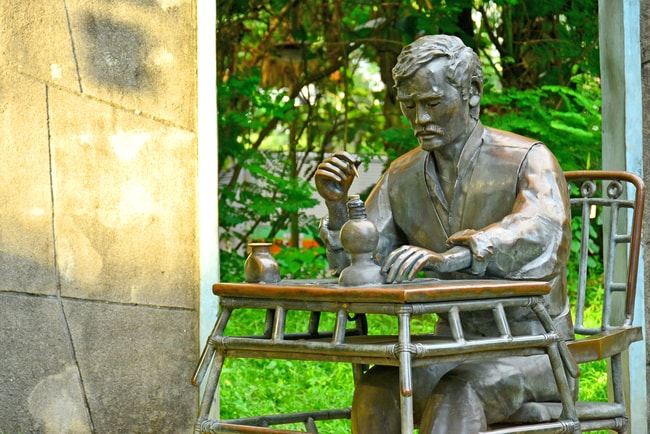 The 8 Most Important Literary Works by Jose Rizal