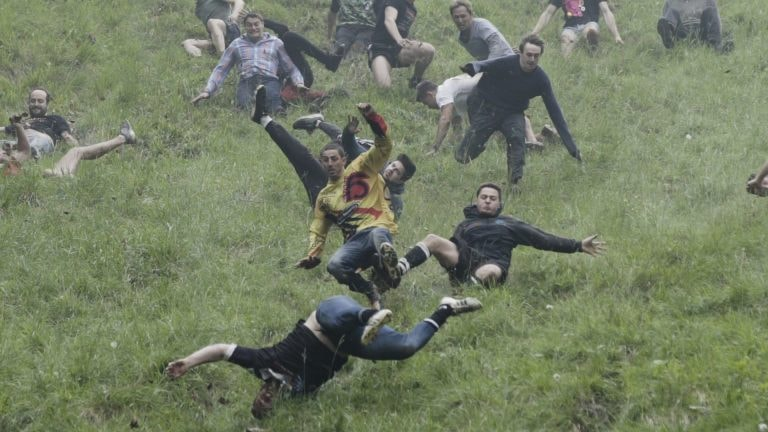 ea12077941d9cd A Quick Guide to Cheese Rolling
