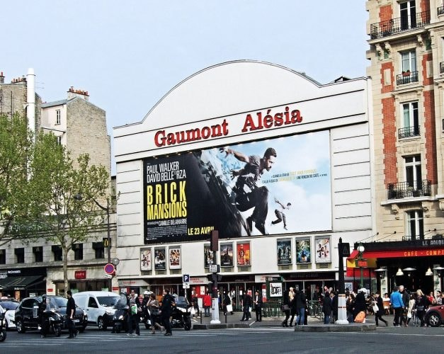 The_Gaumont_Cinema,_Alesia,_14th_Arrondissement,_Paris_April_2014