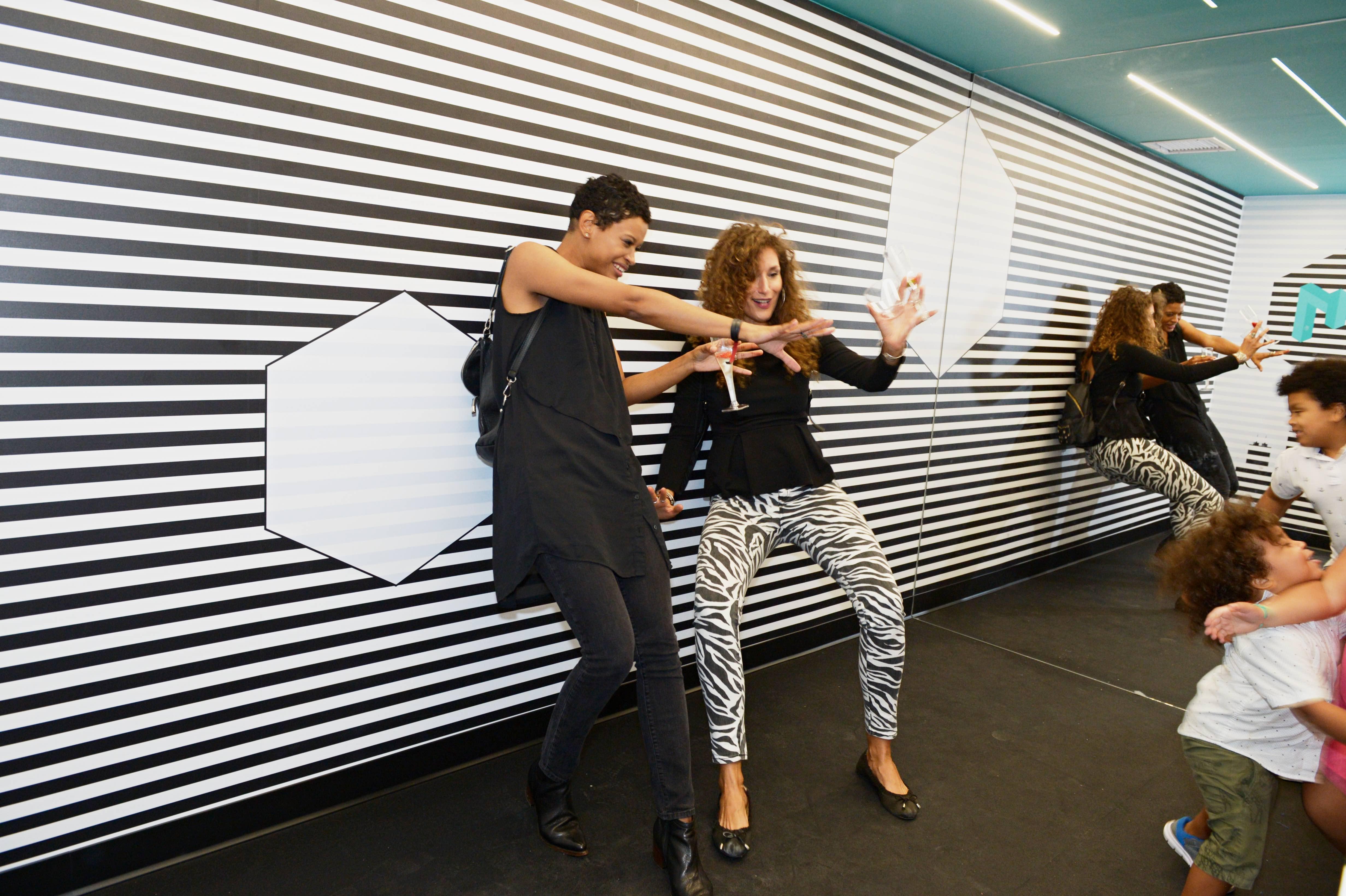 Nyc S Museum Of Illusions Will Play Tricks On Your Mind