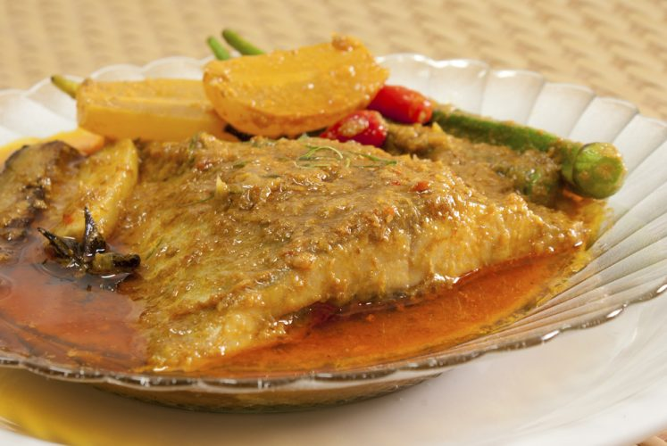 Nonya Asam Fish with Lady's Fingers