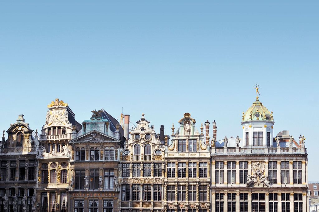 Grand Place in central Brussels featuring guildhalls
