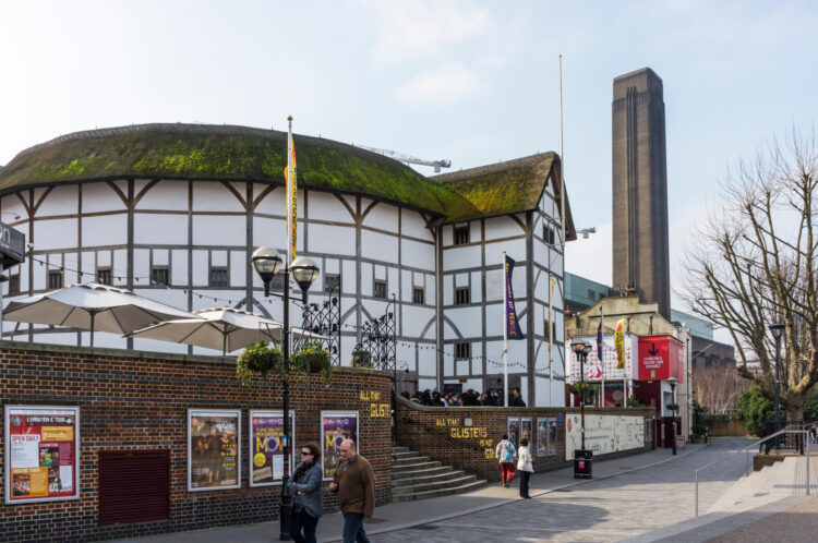 Shakespeare's Globe theatre at Bankside, London. Shakespeare's Globe is a reconstruction of the Globe Theatre
