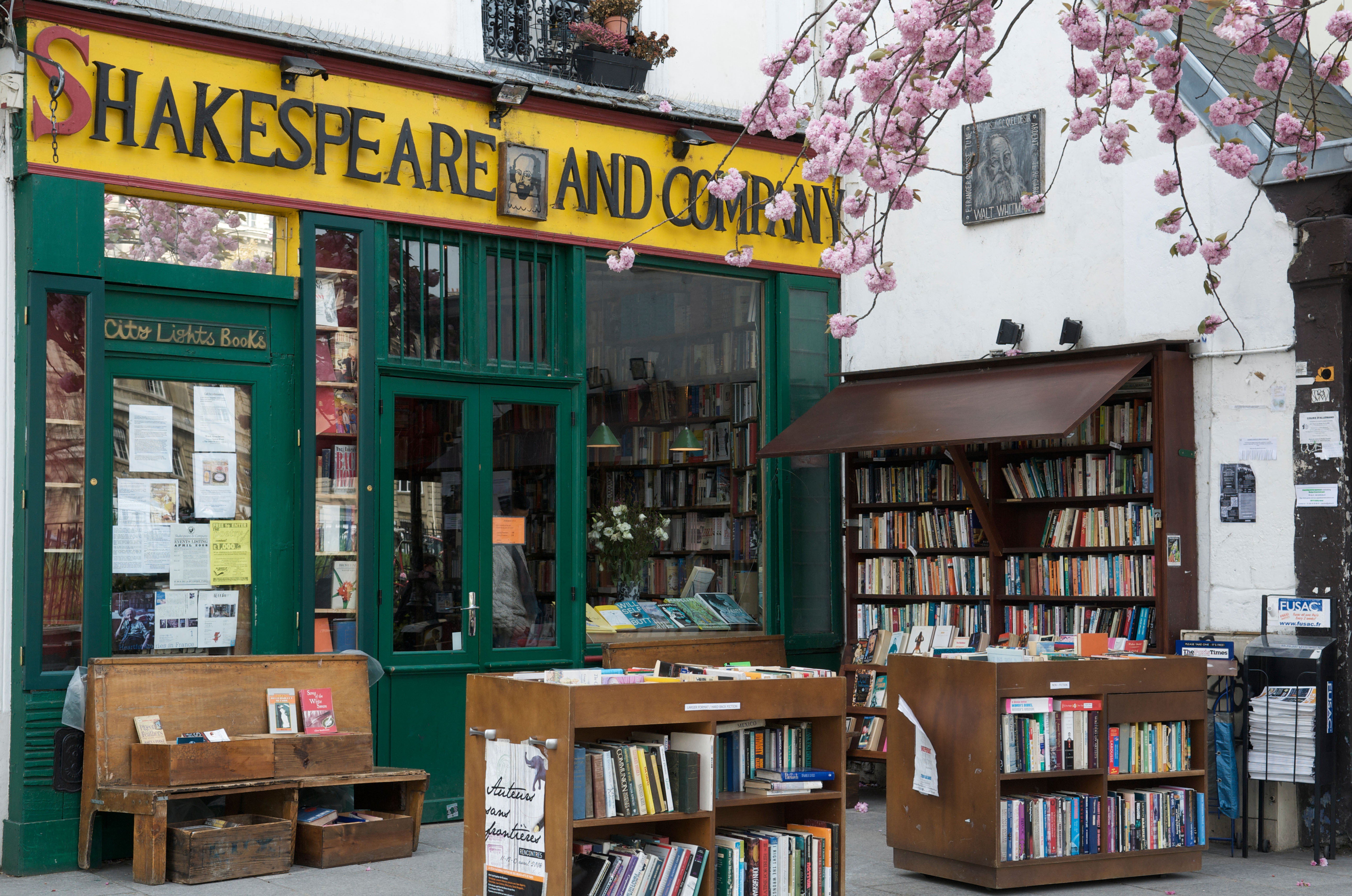 Shakespeare and Co bookshop in Paris