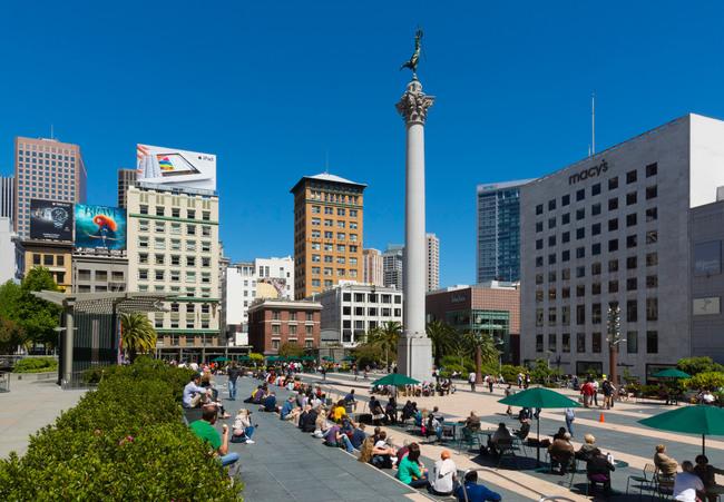 San Francisco - Union Square public park, Victory column centre.