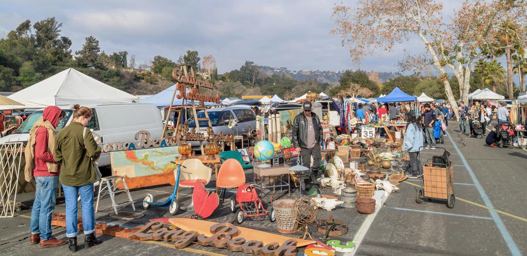 A Guide to Los Angeles Flea Markets