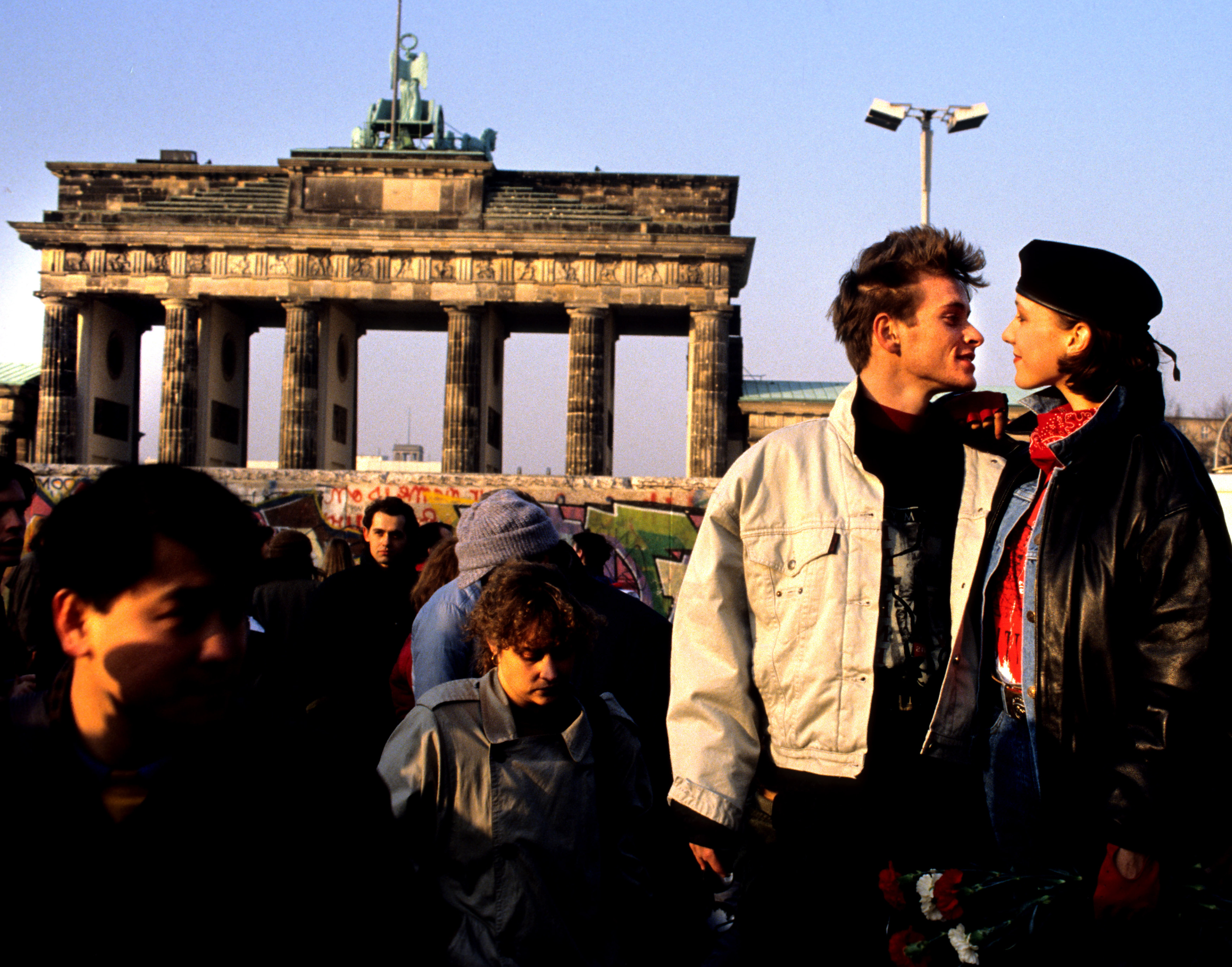 Germany Berlin the Wall Dismantled November 1989 people Berlin the Wall The Brandenburg Gate Tor Germany