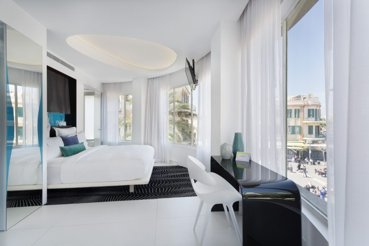Enjoy a luxurious stay in the heart of the city at this boutique hotel