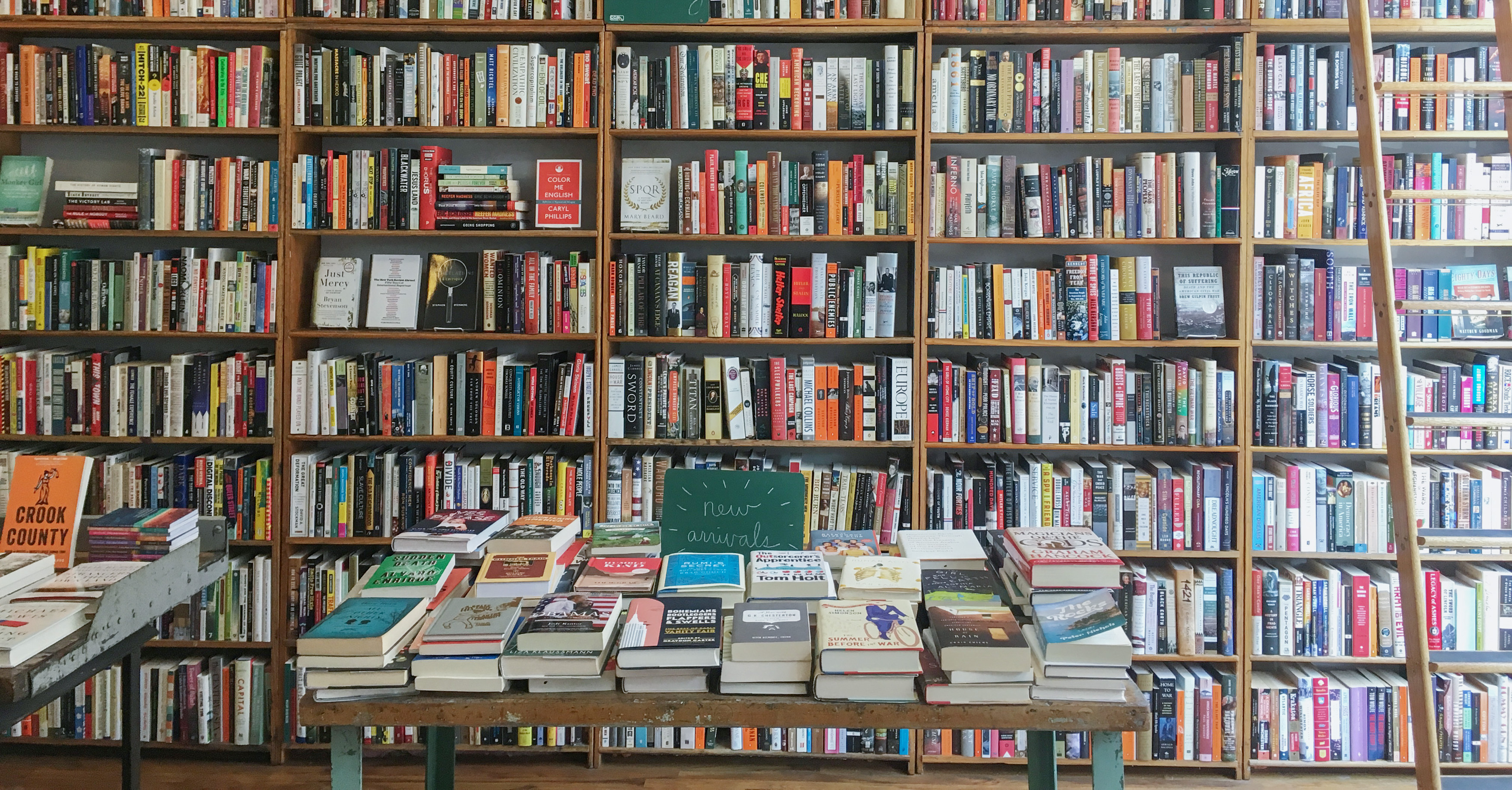 The 20 Best Bookstores in Chicago