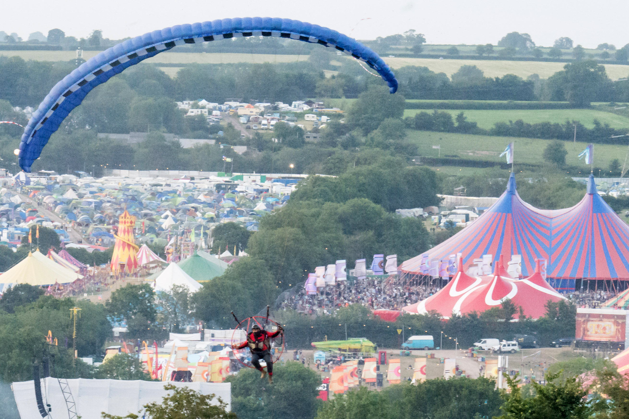 A man attempted to gatecrash the 2015 edition of the festival by flying over the wall in a light propeller-driven motorised aircraft