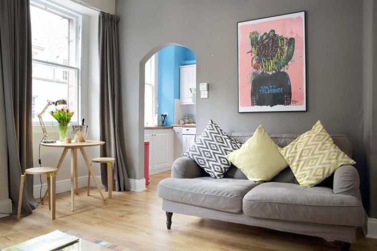 Chic apartment on the Royal Mile