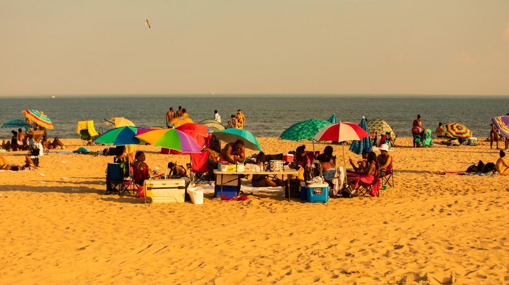 ctphjul19_007_ode_to_summer_rockaway_beach_newyork_mandel_12