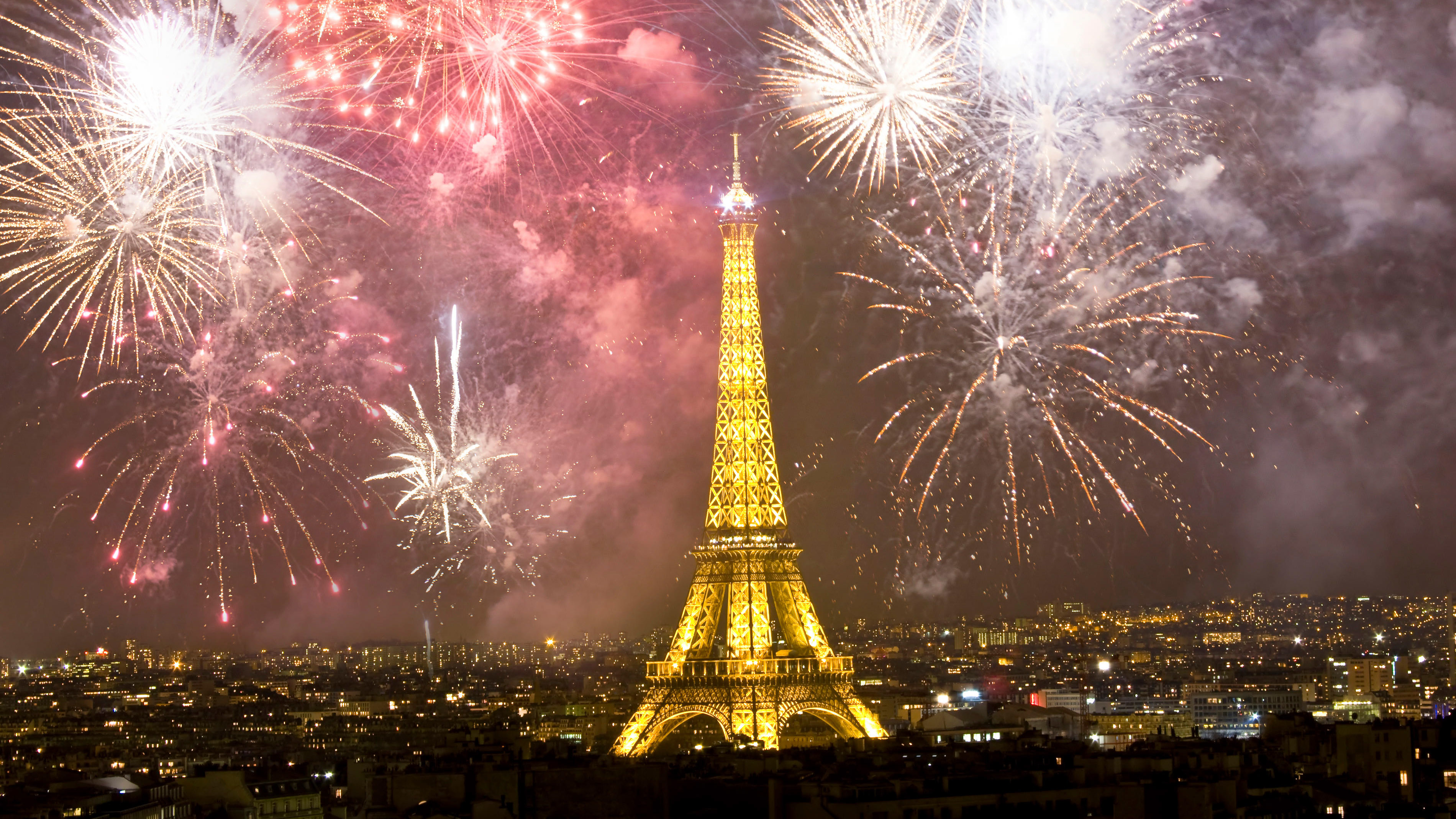 The Best Places To Spend New Year S Eve In Paris