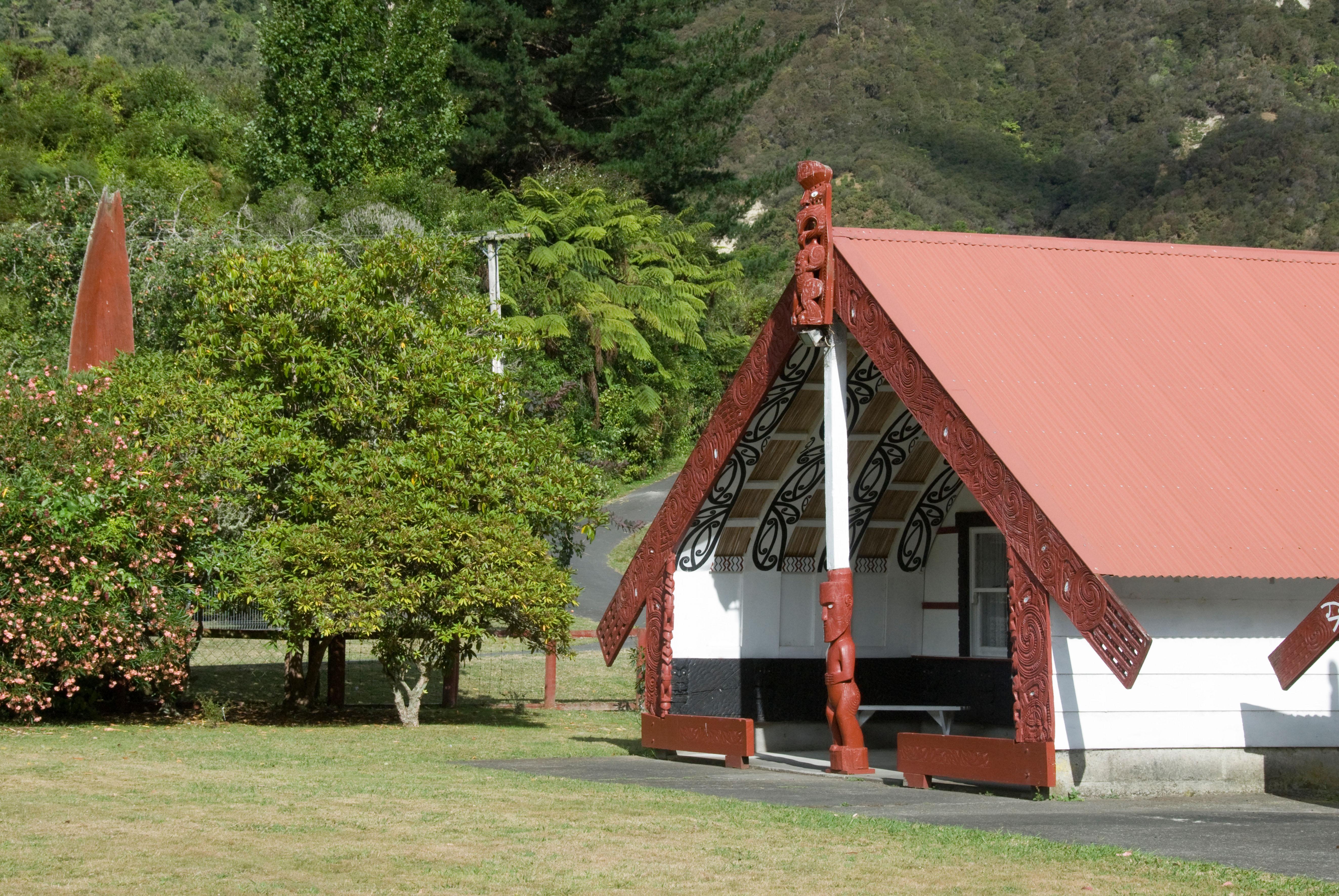 Maori meeting house, Koriniti Marae, Wanganui River, North Island, New Zealand. Image shot 02/2008. Exact date unknown.