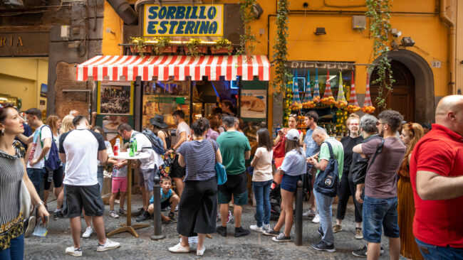 The Best Pizza Places In Naples Italy