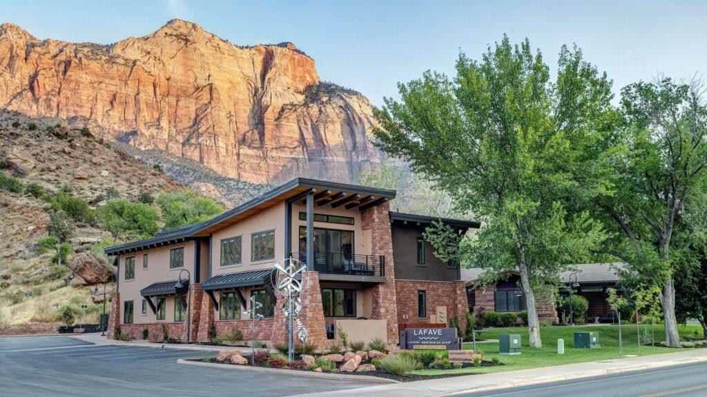 The Best Luxury Hotels Near Zion National Park, Utah